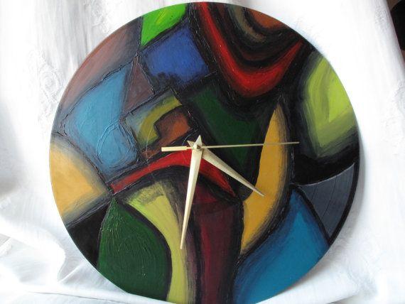 Reloj en vinilo reciclado reciclado pintado por TranstornArteShop, £19.99