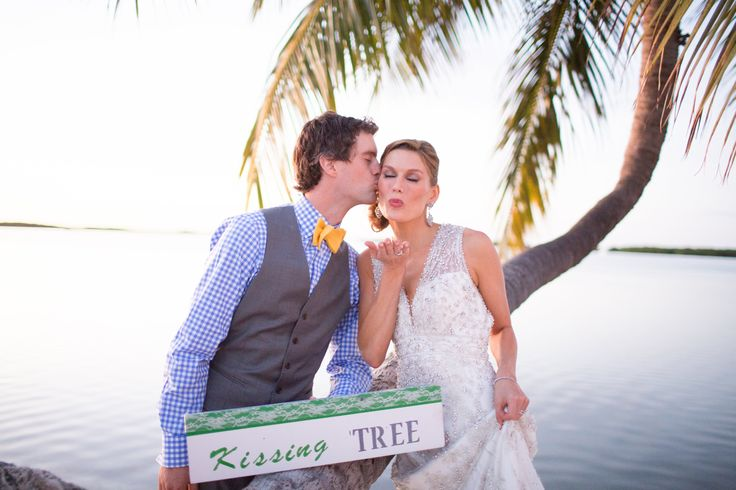 Fun and unique Islamorada beach wedding captured by Heather Funk Photography // green and yellow wedding inspiration // sunset beach wedding // quirky wedding inspiration // non-traditional wedding ideas //