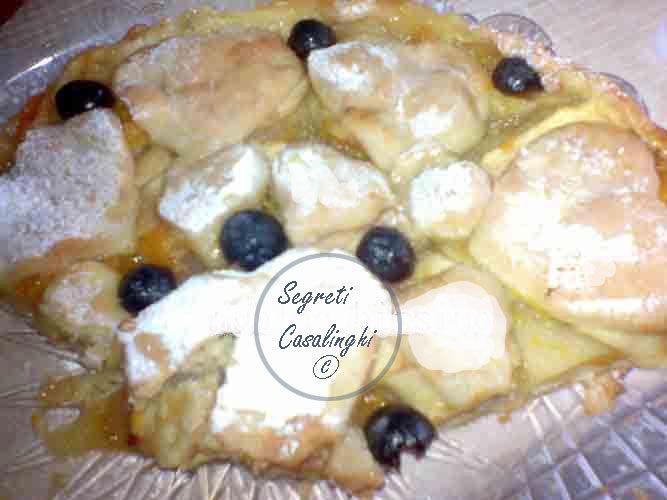 crostata crema uva, crostata all'uva,crostata con crema e uva,ricette crostate,crostate,crostata con uva e crema pasticcera,