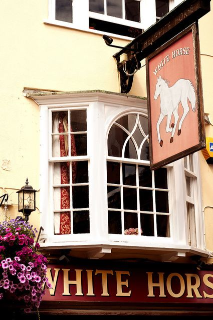 White Horse Pub Oxford - Ooo the nights spent here in my youth ... sigh