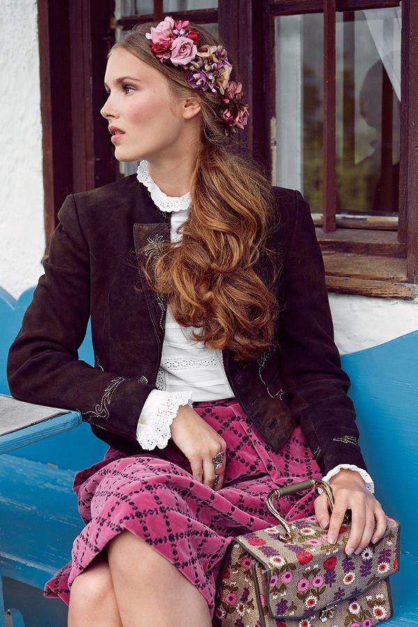 dirndl frisuren zum nachstylen dirndl the o 39 jays and hair. Black Bedroom Furniture Sets. Home Design Ideas