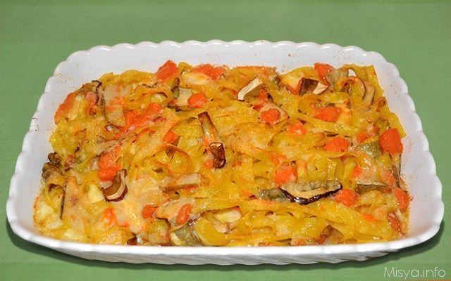 Tagliatelle con zucca e porcini, scopri la ricetta: http://www.misya.info/2013/10/09/pasticcio-di-tagliatelle-con-zucca-e-porcini.htm