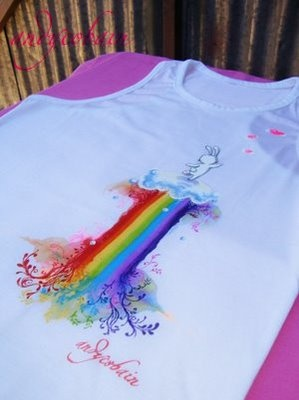 The usagi and the rainbow   acido androide remeras pintadas a mano