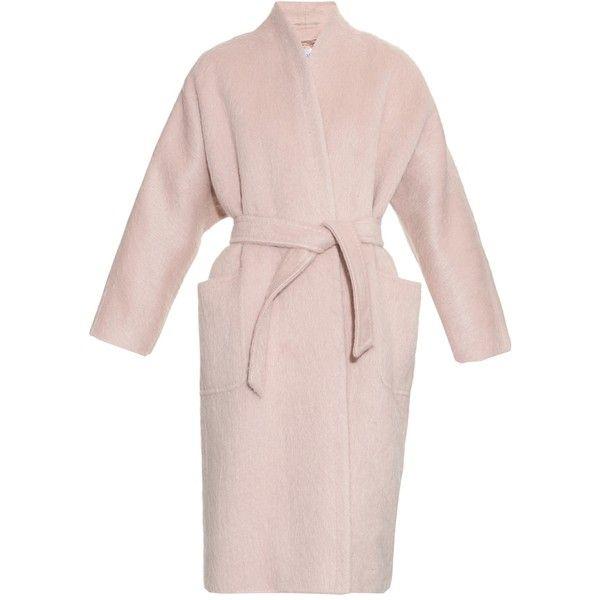 Max Mara Pulvino coat ($3,590) ❤ liked on Polyvore featuring outerwear, coats, max mara, light pink, maxmara coat, maxmara, pink coat, light pink coat and cocoon coat