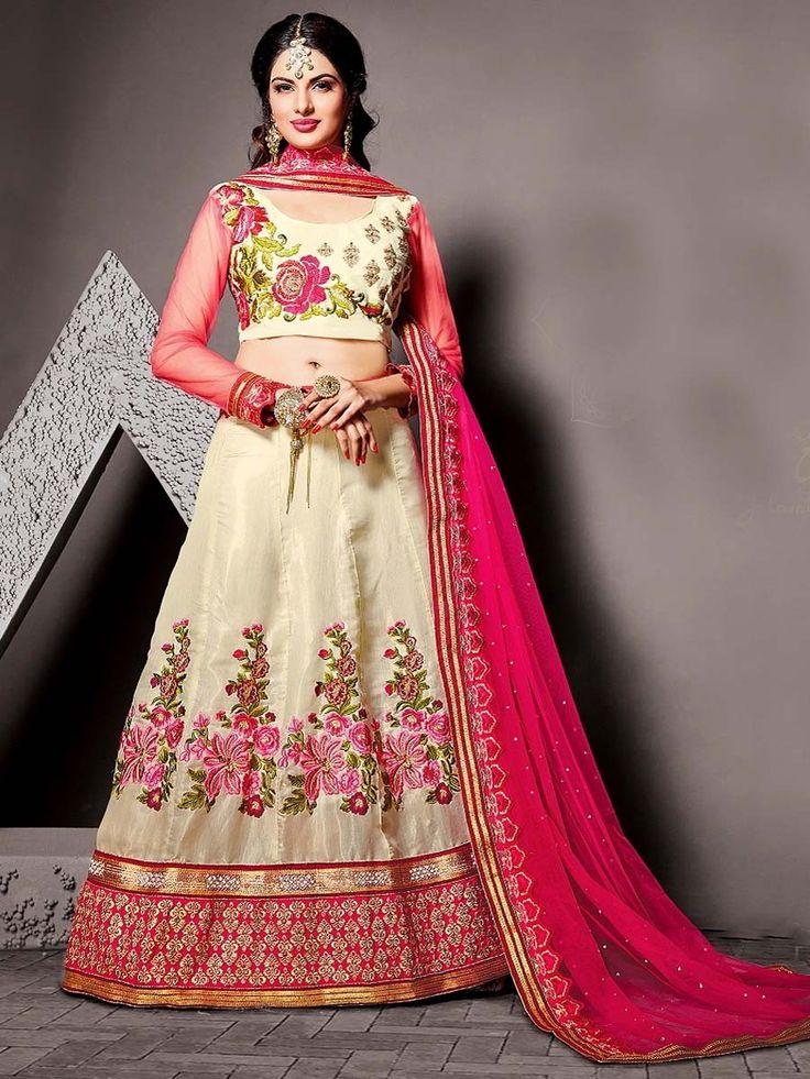 Кремовая длинная юбка в пол   короткая блузка с длинными прозрачными рукавами   розовая накидка