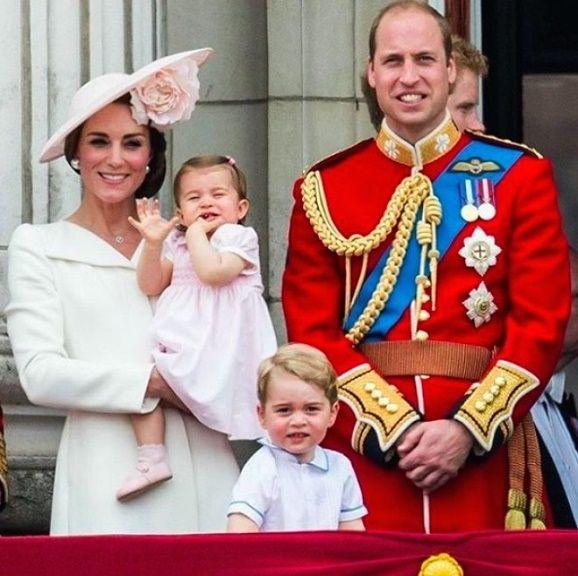 Fotogalerie: Vévodkyně Kate je druhá princezna Diana!