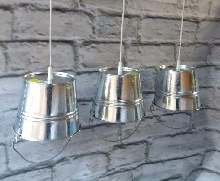 Lampy - autorski design, do mieszkania, loftu, baru, klubu itp.Abażur - wys 18 cm, średnica góra 17, dół 23.Przewód dł. 80 cmStandardowy montaż, polska produkcja. Dowolna ilość .