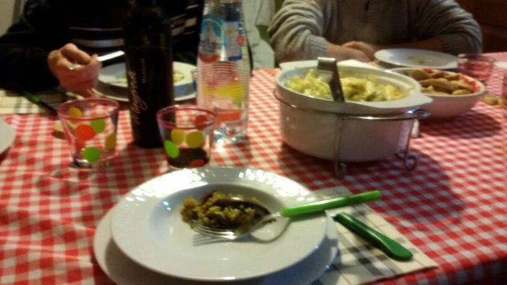 "Cena' - 31.3.'16 6,20 > 9,50PM #itsthrusdaybitches #studypostdinner Athome of @ Mari. avec @ 99❤; #spices✌ #pasta 'Garganelli' avec #gongorzola & #philadelphia , #rice riso avec zucchine melanzane, #finocchio fennel & #integralbread 3piece 1piece bagoss #cheese #redwine vino rosso 'Manfredi' & #whitewine bianco vino 'Moscato' . #dessert  #sweet cake"" torta avec #jam marmellata marmelada #crust crostata #lamponi raspberry of $. & avec Nutella from M. _ I'm glad thinking at that_`"