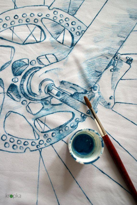 Blue Bike Hand painted white top Bicycle art Hand by KropkaDesign #kropka #bike #rower #koszulka #fintess #blue 3tee #biketee #ooak #tattooclothing