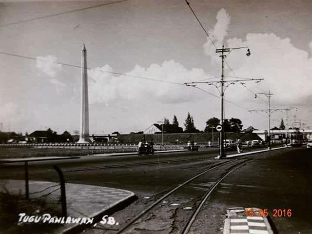sejarah #nowandthen #history #historical #indonesia #heritage #monument #tugupahlawan #surabayatempodulu #sejarahindonesia #soerabaja #tempodulu #soerabaia #tramway #tempodoeleoe #architecture #surabaya #arsitektur