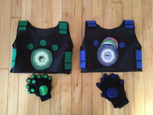 wild kratts costumes need to make this for the boys but I don't sew or have a machine, hmmmm...
