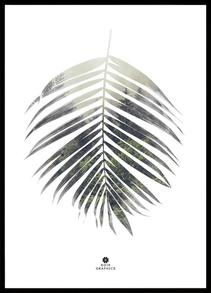 Palm leaf är en spännande tavla med grönt motiv i form av ett vackert palmblad. Tittar du noga på bladet kan du se att det innehåller en bild av en disig skog. Tavlan kommer komplett med svart ram och är bara att placera på en väl vald plats i ditt hem.
