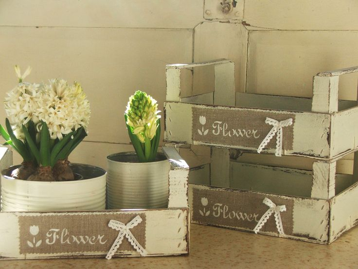 "Cassette di recupero ""flower"" www.ateliershabbychic.it"