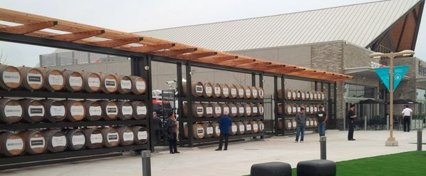 stunning barrel wall >> The Outlet Collection at #Niagara @OCniagara is now open #winelover