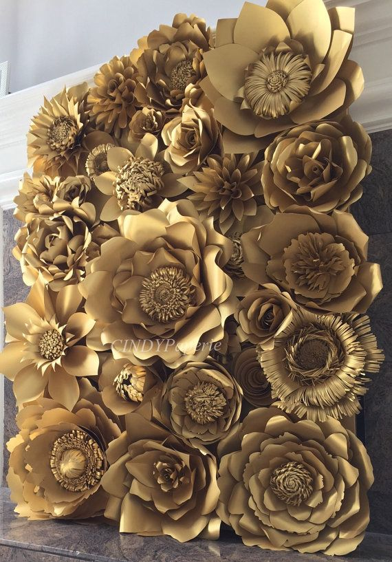This is listing for giant paper flower wall display 4ft x 3ft filled with quality gold metallic paper handcrafted by me ranging from 5-18 inches.