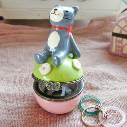 Trinket box トリンケットボックス「ノーティーキャット」 ネコの小物入れ 陶器の小物入れ インテリア雑貨
