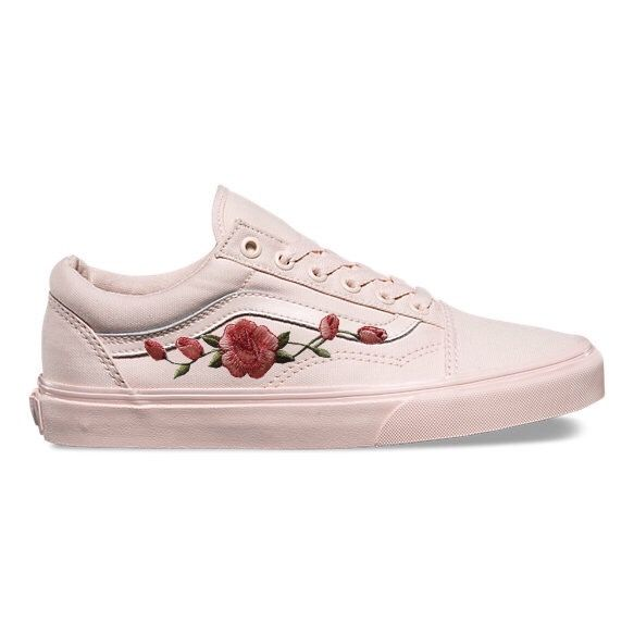 25 Best Ideas About Vans Rose On Pinterest Vans Sneakers Shoes And