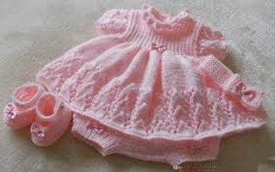 modelos de vestidos de bebes a crochet