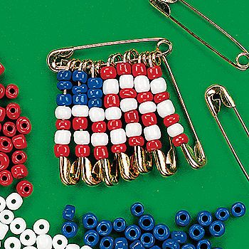 how to make a safety pin flag bracelet | Simple American Flag Beaded Safety Pin Brooch