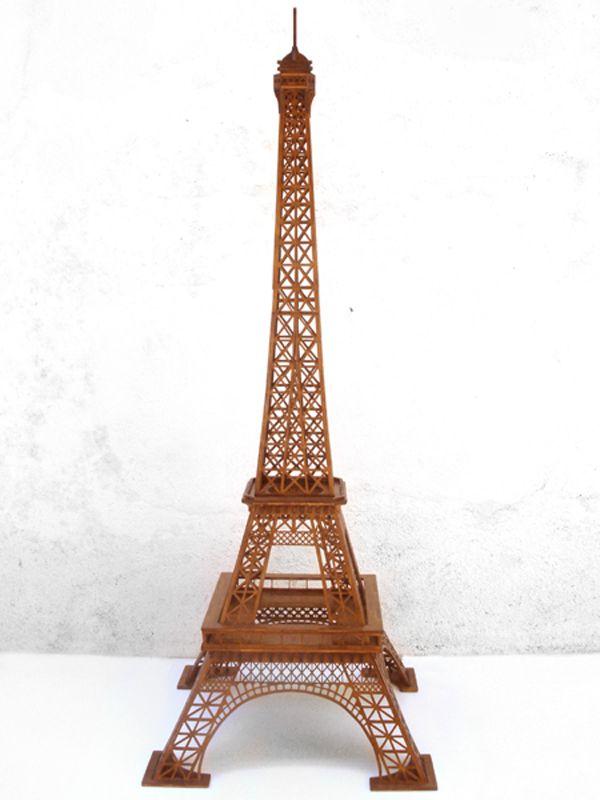 Artesanía en Madera - Torre Eiffel de madera