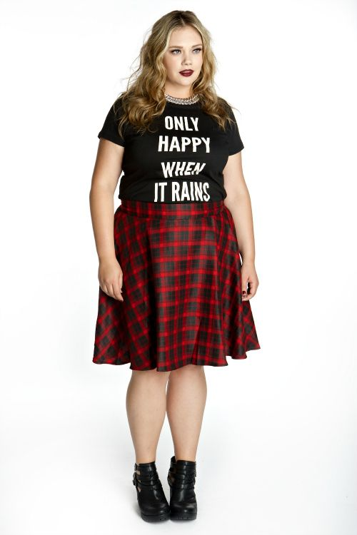 Domino Dollhouse - Plus Size Clothing: Rebel Girl Skirt in Red Plaid