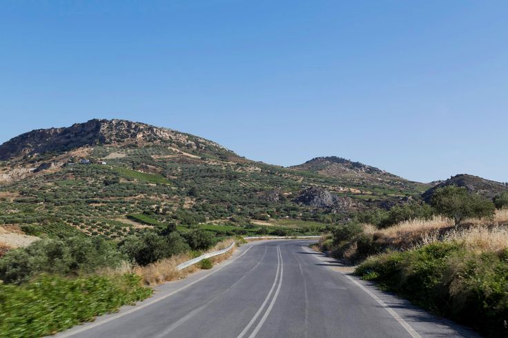 Live the unique experience of exploring the Cretan countryside, with all its natural beauty and stunning landscapes! #explore #adventure #roadtrip #excursion #Crete #Greece #countryside #nature #landscape #beautiful #visitGreece #lovecruise #vacation