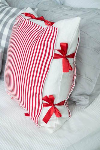 Diy Pillow Cover Overlay Reminds Me Of Grandma Using Safety Pins