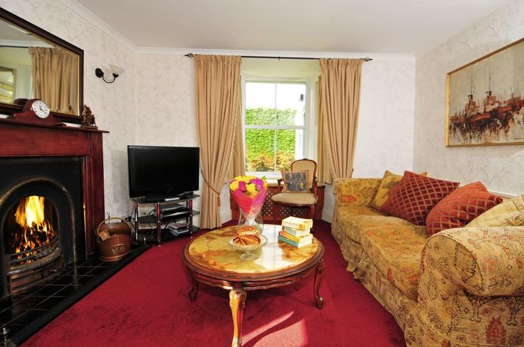Pen y Graig is a cosy Lleyn Peninsula holiday cottage in the village of Llangwnadl near the coast at Porth Colman. https://www.qualitycottages.co.uk/aroundwales/lleyn-peninsula-holiday-cottage/