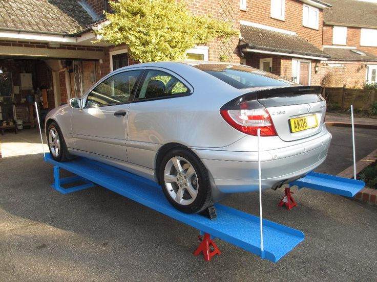 Car lift service ramps 15