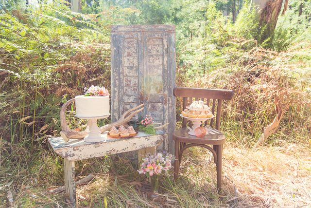 Rustic woodland dessert display | Lil Elements Photography | see more on: http://burnettsboards.com/2014/07/wild-woodland-themed-wedding/