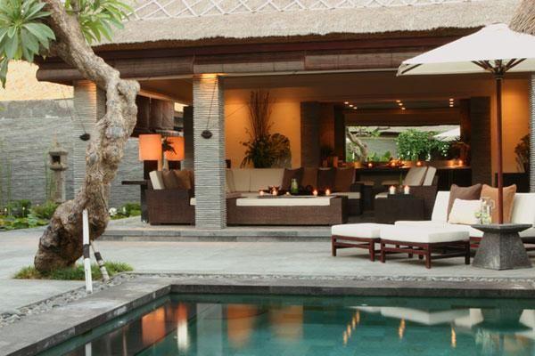 poll n living area,villa..