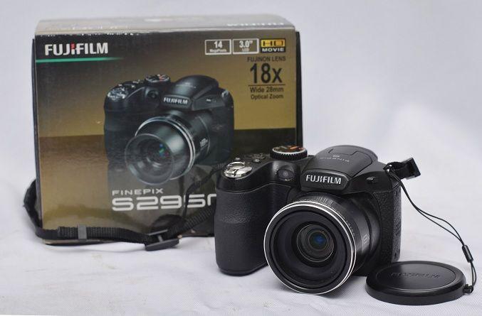 Jual Kamera Prosumer Bekas – Fujifilm Finepix S2950: Kamera Prosumer Bekas - Fujifilm Finepix S2950 Harga: Rp. 825.000,- (Ready Stok)