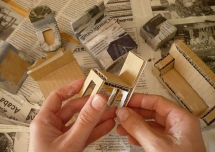 muebles casita de muñecas de papel mache