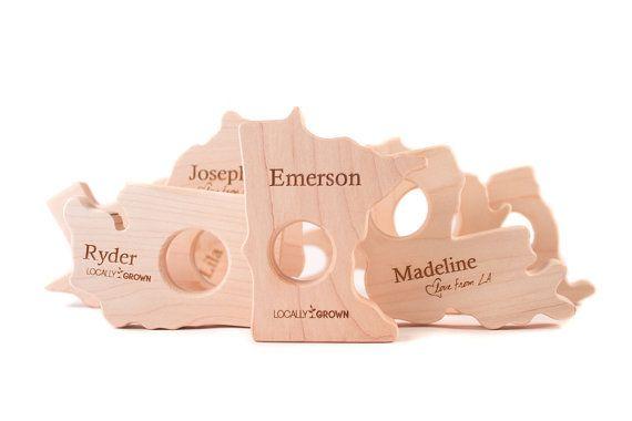 """CUALQUIER juguete de madera Mordedor de estado - """"localmente crecido"""" o """"amor…"""