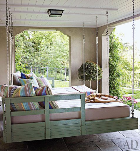 i would never leave this sleeping porch ♥: Outdoor Beds, Ideas, Hanging Beds, Sleeping Porch, Sleep Porches, Back Porches, Beds Swings, Porches Swings, Swings Beds