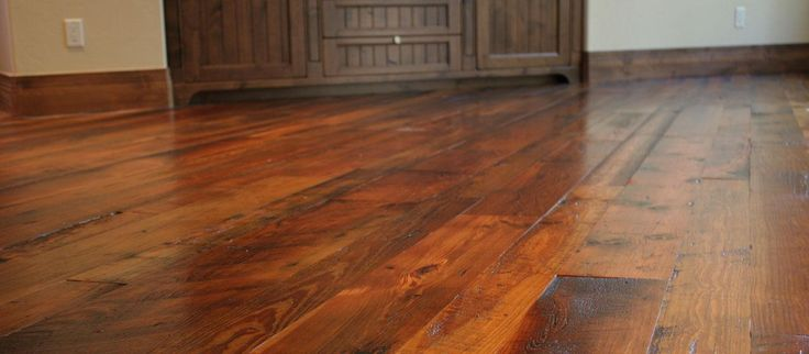 #WoodFloors are absolutely beautiful. You have many options to choose from. http://www.hgtv.com/design/decorating/design-101/10-stunning-hardwood-flooring-options-pictures