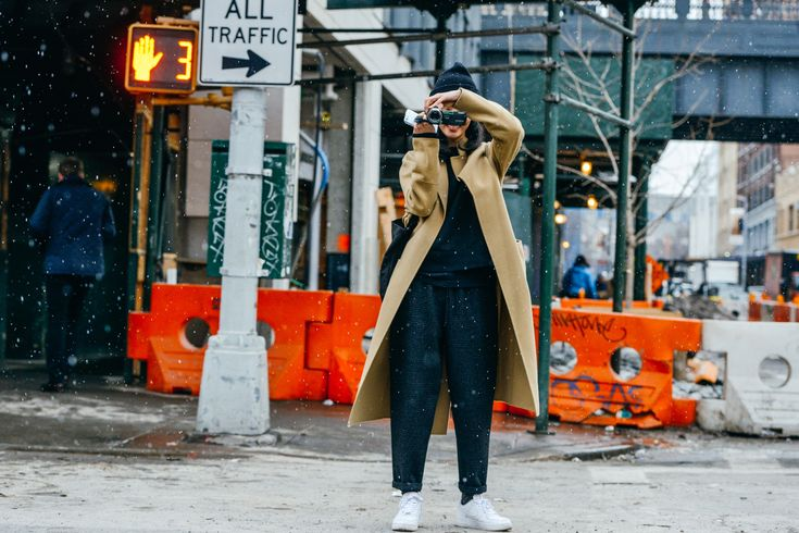 Tommy Ton - don't be afraid of the unusual silhouette! A x