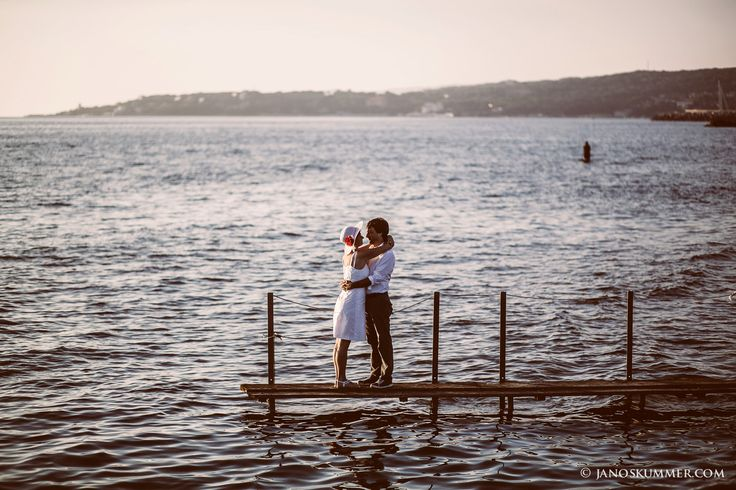 tengerparti esküvő Olaszország matrimonio al mare Rosignano  photoshoot beach #tengerpart #esküvő #naplemente #toszkána #olaszország #Rosignano #matrimonio #spiaggia  #beach #seaside #wedding #tuscany #italy #photoshoot