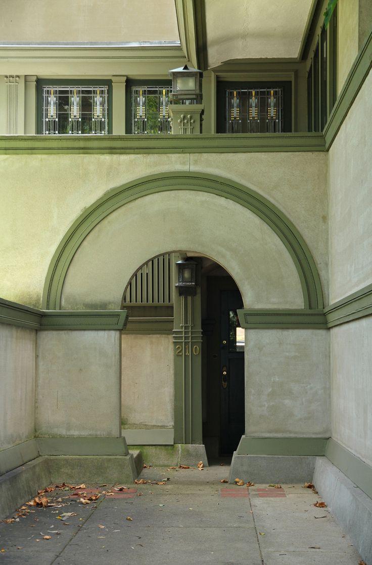 Entrance frank thomas house oak park illinois null