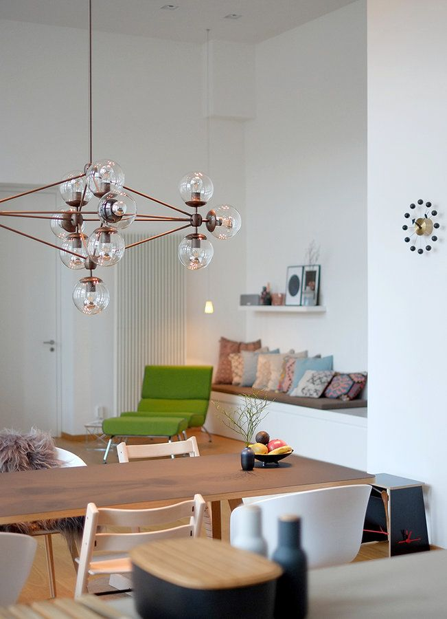 Draußen grau, drinnen gemütlich: Der Februar auf SoLebIch | SoLebIch.de #livingroom #interior #modochandelier #inspiration #deco #spring