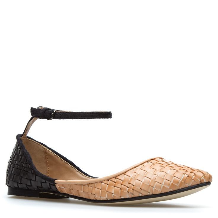 ankle strap flats: Fashion Shoes, Shoes Fashion, Cute Flats, Woven Flats, Shoedazzl With, Ankle Strap Shoes, Clodagh Flats, Ankle Strap Flats, Ankle Straps Flats