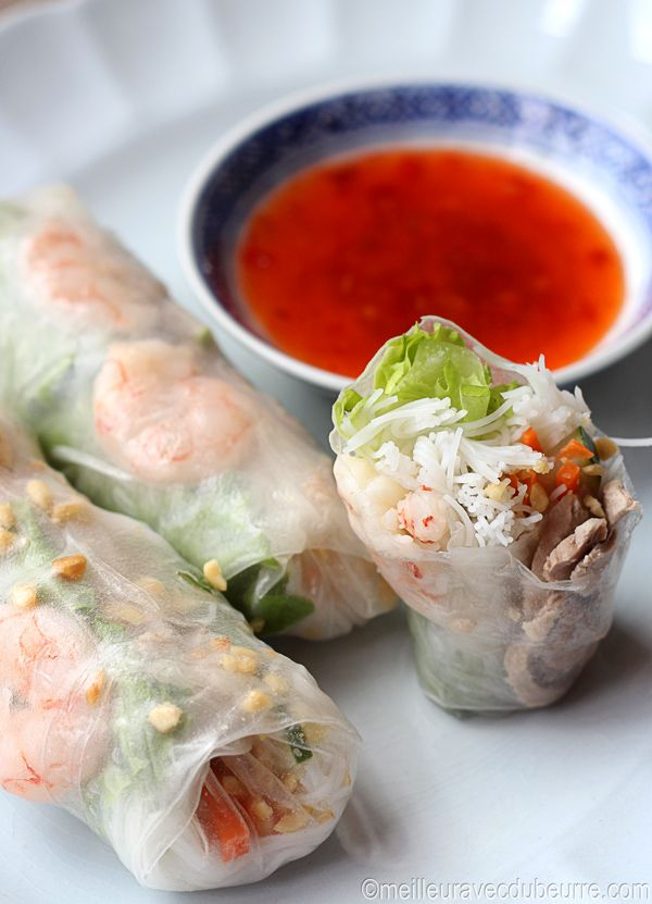 """Rouleaux de printemps - if you want to get a smile on my face... Just give me these Yummie Vietnamese """"Rouleau de Printemps"""" with an Asian fish sauce and lime dressing, only no peanuts for me in it, please""""... Night or Day garanteed succes ..."""