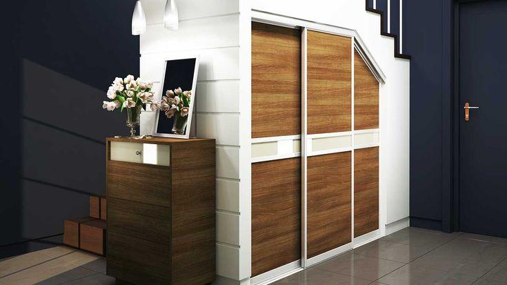 KOMANDOR - szafy, garderoby, meble na wymiar, drzwi przesuwne, zabudowa wnętrz - Wnętrze pod skosem – jak stylowo i funkcjonalnie urządzić przestrzeń na poddaszu?