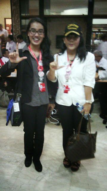 Joko Widodo Jusuf Kalla Pasangan capres dan cawapres diusung Partai dan Relawan Rakyat Indonesia B1: Para anggota dpr 2009 - 2014 memilih sipa di pilpr...