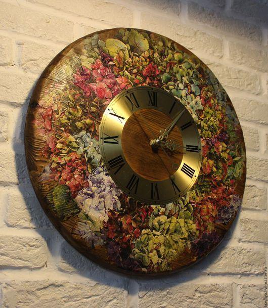 Настенные часы Сад с гортензиями большие с циферблатом. Оксана Минеева (Kseniya).