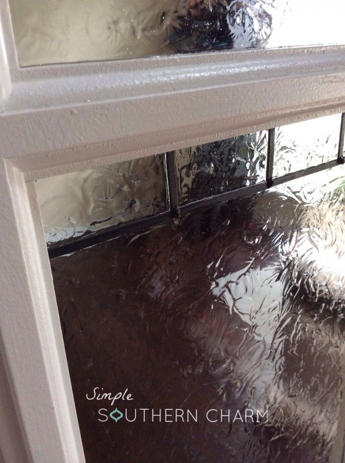 DIY privacy glass effect that is absolutely AMAZING and I'm all about it for the windows around the front door! WOW!