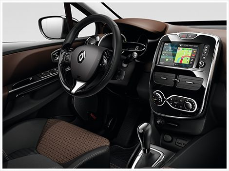 """Renault R-Link  7"""" WVGA color display safely controlled by voice, touch screen and remote control. Available exclusively at Renault car dealers for many car models."""