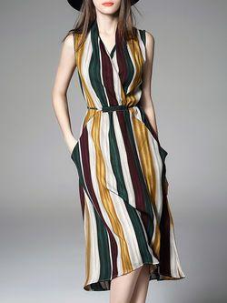 ELENYUN V Neck Sleeveless Silk-blend Casual A-line Wrap Dress ($88)