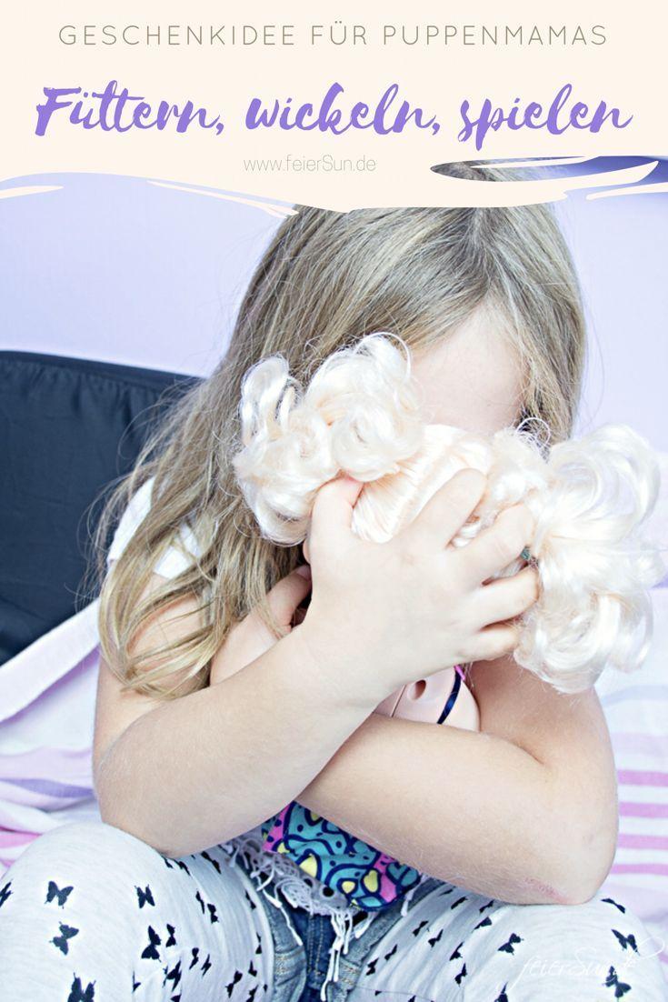 Große Puppenliebe - mein Mädchen steht ist eine richtige Puppenmama und liebt jede einzelne ihrer Puppenkinder sehr. Ganz besonders mag die aber die #BabyAlive, denn die kann sogar essen. Also Nudeln essen. Nudeln, die sie vorher zusammen zubereiten, kochen und am Ende dann sogar wickeln. Also Füttern, wickeln, spielen, kuscheln. Das perfekte #geschenk  für alle Puppeneltern. | Werbung #Geschenkidee #Geschenktipp #Geschenk #KochenmitKindern #feierSun