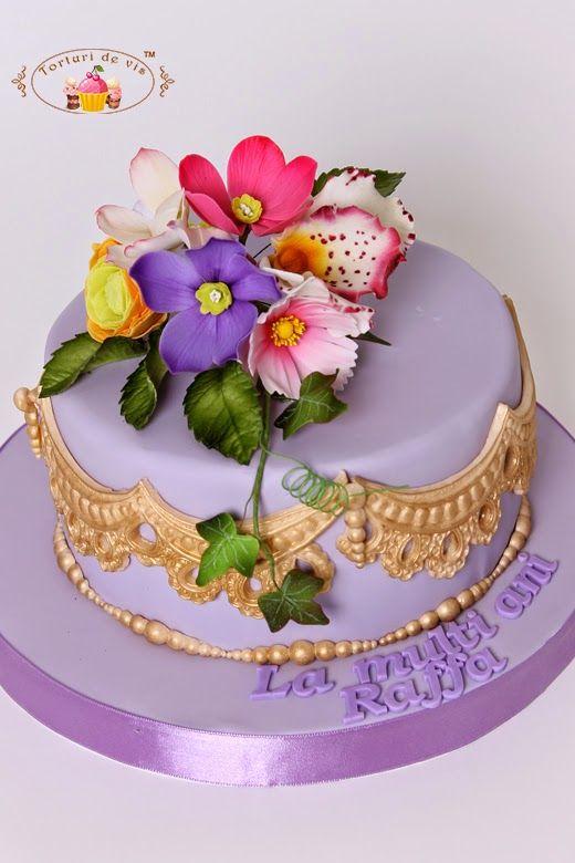 Tort aniversar cu flori pentru Raffa